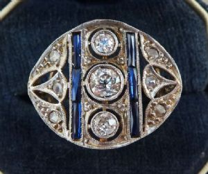 Gorgeous 18ct 18k white gold art deco 0.80ct diamond and sapphire vintage antique ring